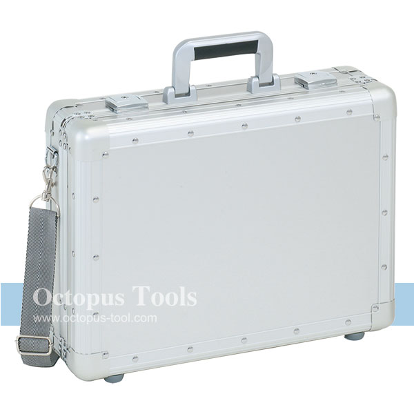 Aluminum Case, w/ Removable Sponge, Key and Strap